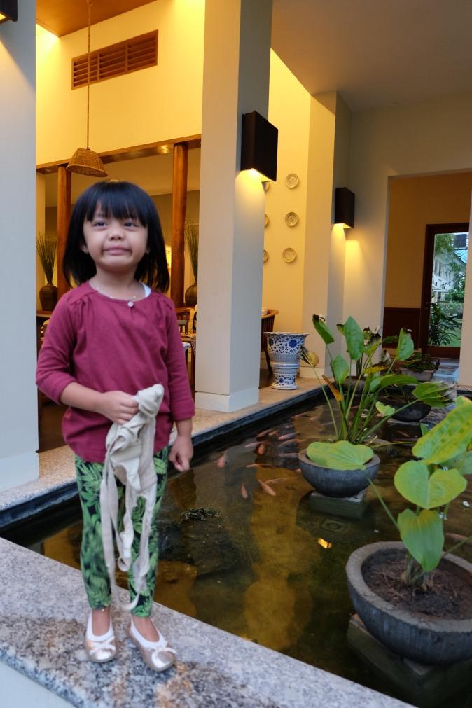Anya di lokasi favorit Hotel Billiton