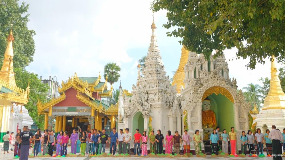 DSCF5257_Fotor_Myanmar