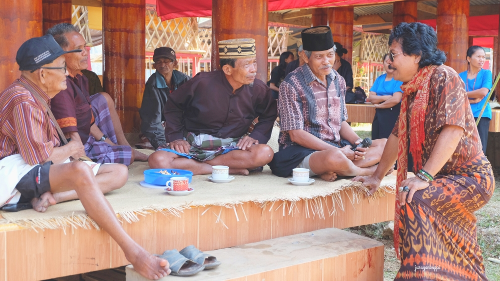 DSCF4608_Fotor_Toraja4